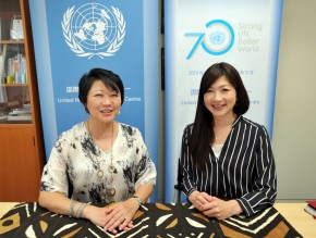 Kaoru Nemoto  , Director of United Nations Onformation Centre, and  Hiroko Ida, Weather Forecaster, News Watch 9, Japan Broadcasting Corporation, NHK, at UNU HQ Bldg. 8F, on Oct 6, 2015. Mekata reports. YOSHIAKI MIURA PHOTO.