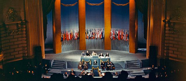 国際連合:その憲章と機構 | 国...