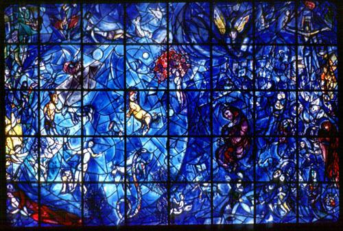 知ってる?シャガール・ブルーのステンドグラスに光が射し込む教会 - NAVER まとめ Chagall Crucifixion Paintings